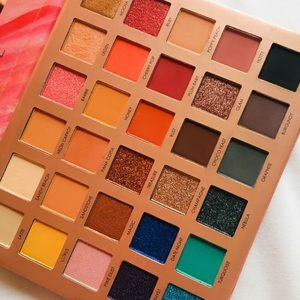 Endless Possibilities palette by Focallure 🌺